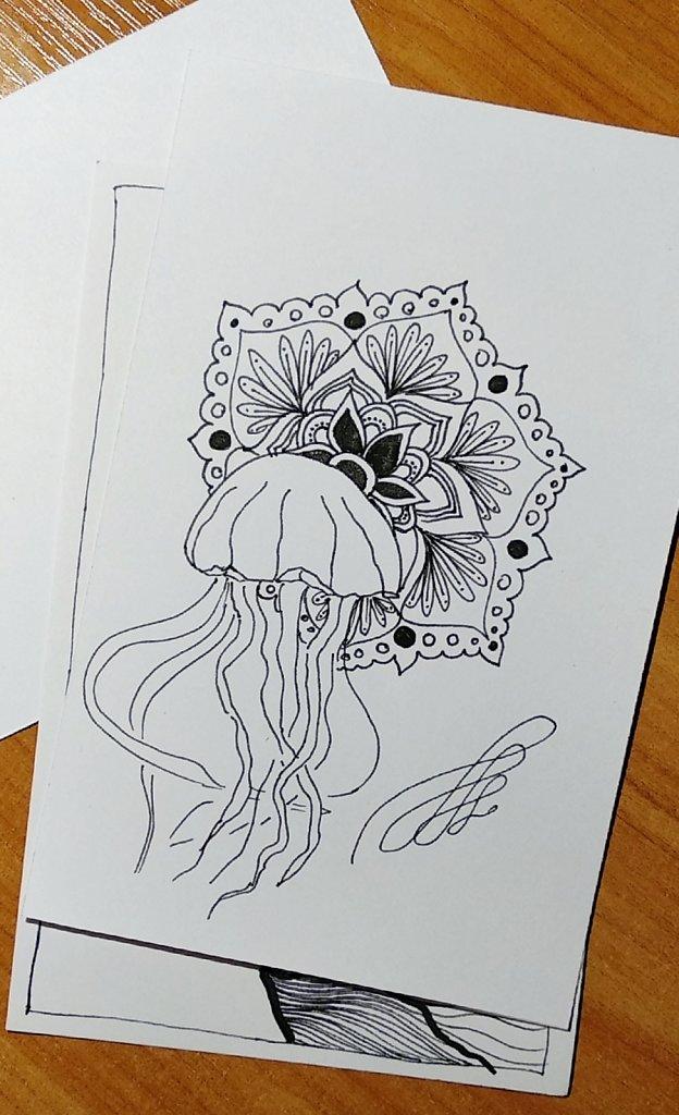 Jellymandala. медуза.